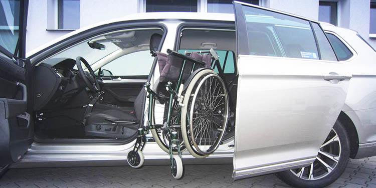 Sustavi za spremanje invalidskih kolica i elekto-skutera